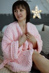 Купить Описание халата из пряжи Пуффи - подарок своими руками из Puffy Alize | Интернет-магазин пряжи «Пряха»