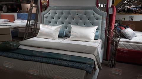 Кровать Sontelle Кеслин живое фото