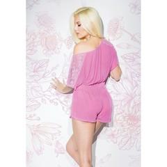 Красивый сексуальный розовый ромпер