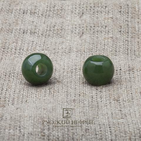 Шармы из зелёного нефрита.