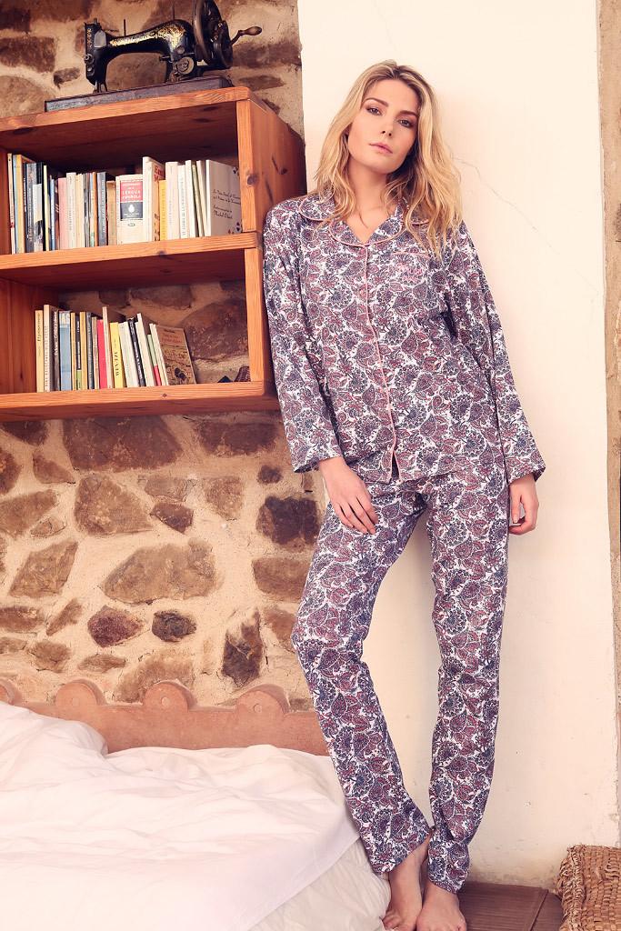 Женская пижама с орнаментом Admas