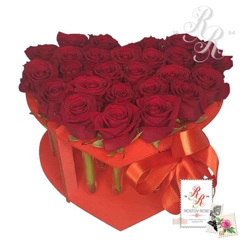 25 красных роз в пробирке (сердце)