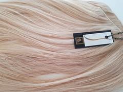 волосы на заколках холодный блонд