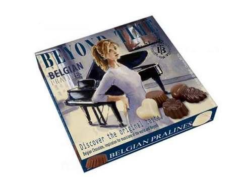 Молочный шоколад Beyond Time сердечки, 200 г