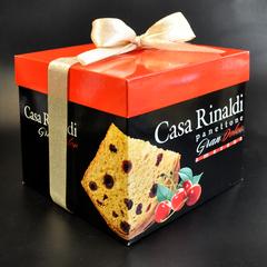 Кулич с кусочками вишни в подарочной коробке Casa Rinaldi 750 г