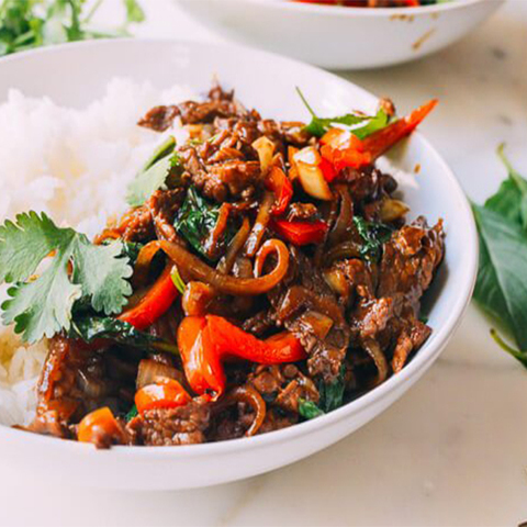https://static-eu.insales.ru/images/products/1/6655/177732095/thai-basil-beef.jpg