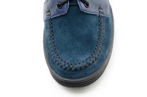 Ботинки для мальчиков кожаные Лель (LEL) на шнурках, цвет темно синий. Изображение 11 из 13.