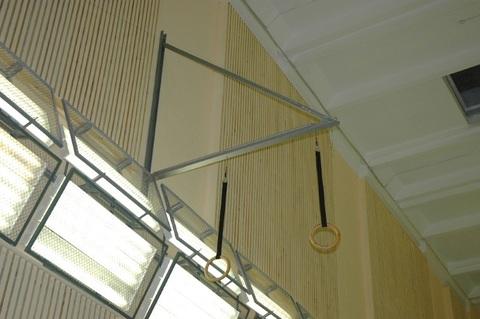 Консоль настенная с блочной подвеской для гимнастических колец вынос 2м