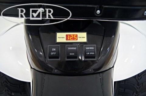 Электроквадроцикл Rivertoys E005KXA-A белый кожа+надувные колеса