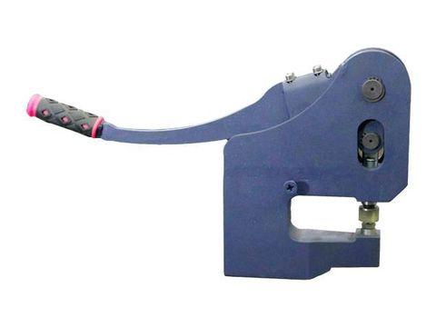 Пуклевочный пресс для установки клинч-соединения в листовом металле