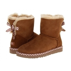 /collection/bailey-bow-mini/product/ugg-bailey-bow-78-chestnut