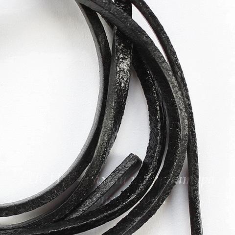 Шнур (нат. кожа), 3х2 мм, цвет - черный, примерно 1 м