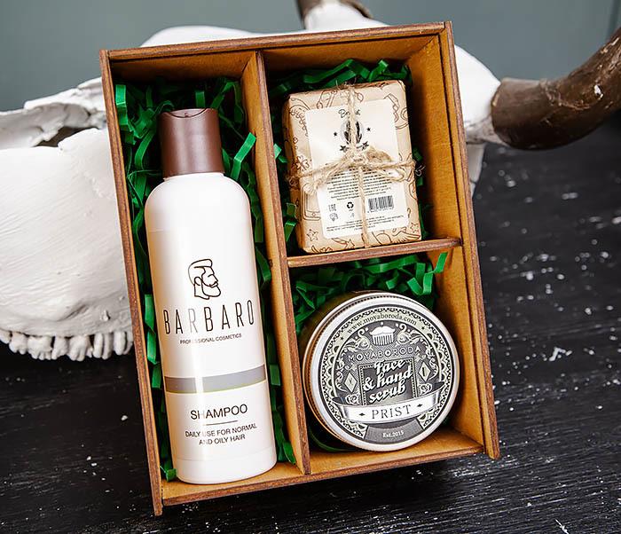 Набор из натурального шампуня, скраба и угольного мыла