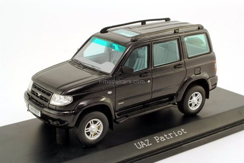 UAZ-3163 Patriot black DIP Models 1:43