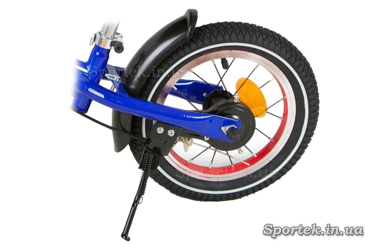 Подножка и заднее колесо беговелов
