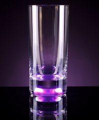 Светящийся бокал для коктейлей GlasShine, фиолетовый