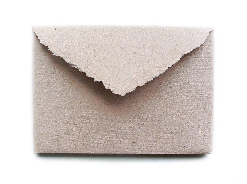 конверт из переработанной бумаги