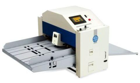 Электрическая биговальная машина Cyklos GРM 450 SPEED: 2500 листов А4 в час, тип биговки/перфорации: электрическая, максимальная раб.ширина: А2, плотность бумаги биговка: 80 - 400г/м2, плотность бумаги перфорация: 80 - 250г/м2, ширина бига: 0,5 / 1,0  мм,