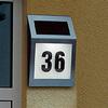 Если на Вашем доме нет таблички с номером или она незаметная, устан...