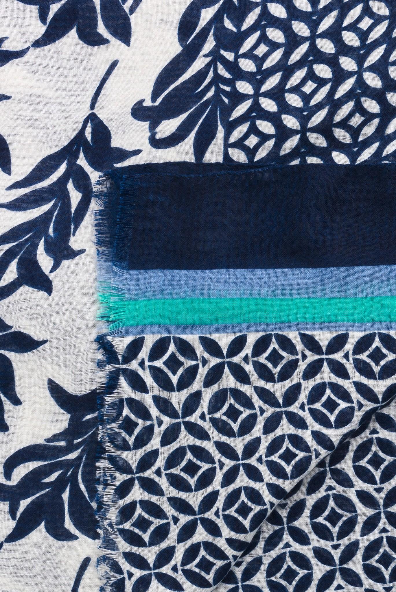 HELENA - Легкий шарф с принтом