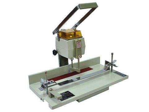 Электрическая бумагосверлильная машина Grafalex DP-205