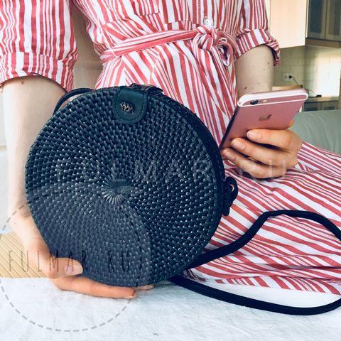 Сумка плетеная из ротанга круглая Чёрная