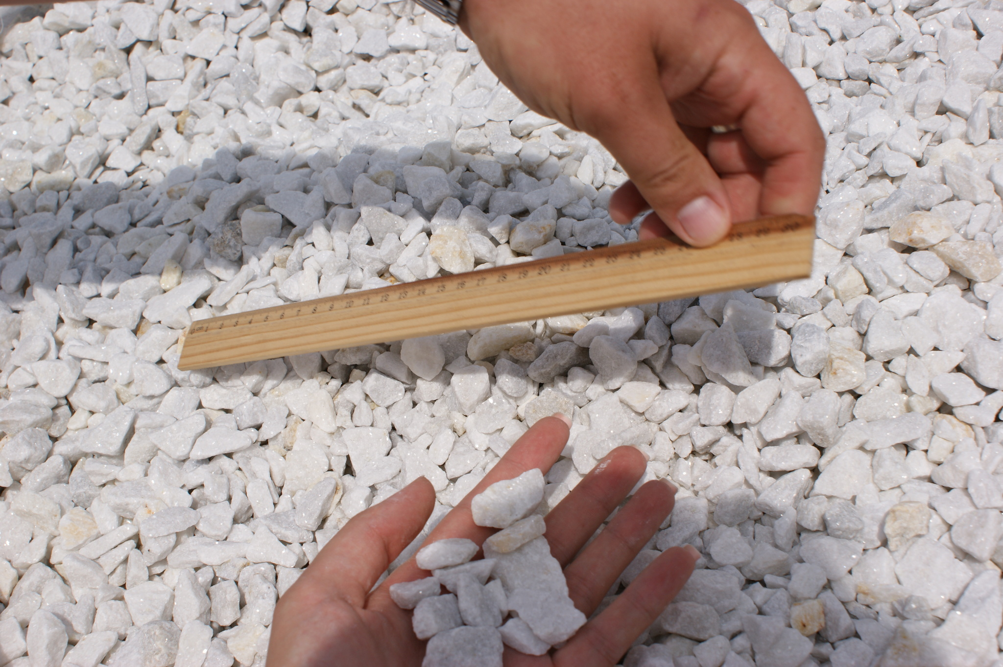 Крошка декоративный щебень Белый на карьере в БигБэге
