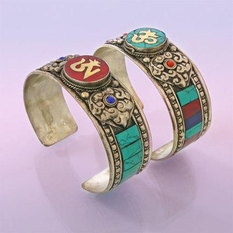 Браслет оберег Символы буддизма, металл, натуральный камень, Непал