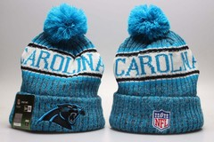 Шерстяная вязаная шапка футбольного клуба Carolina (Каролина) NFL с помпоном