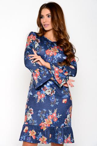 Удобное платье полуприлегающего силуэта из мягкого трикотажа с супер модным растительным принтом. Рукав 7/8 с воланом. Округлая горловина, по низу изделия пышный волан.  (Длина: 46=97см; 48=98см; 50=99см; 52=100см;)