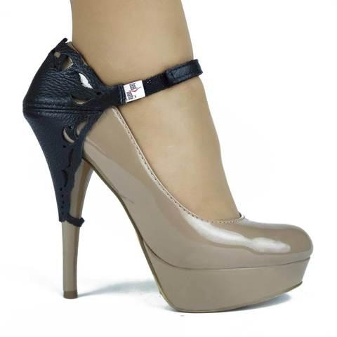 Автопятка для женской обуви на каблуке черная с узорами
