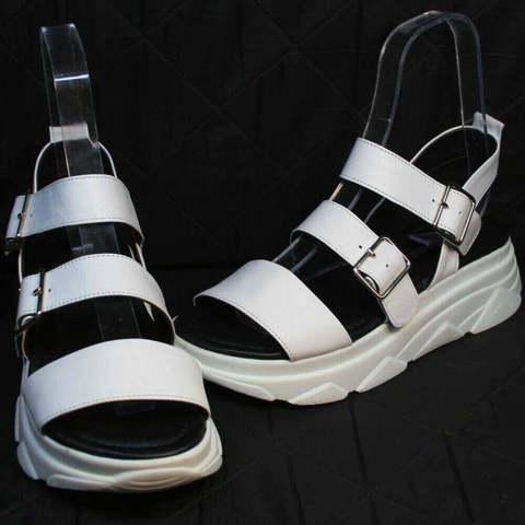 Спортивные сандали женские кожаные. Белые босоножки на платформе Evromoda-SW.