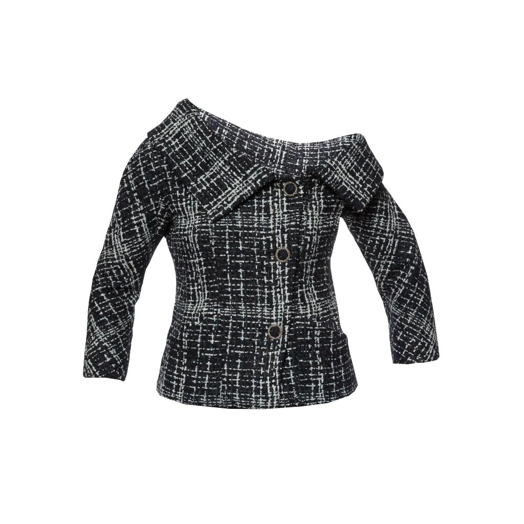Изысканный жакет с ассиметричным плечом от Chanel, 38 размер.