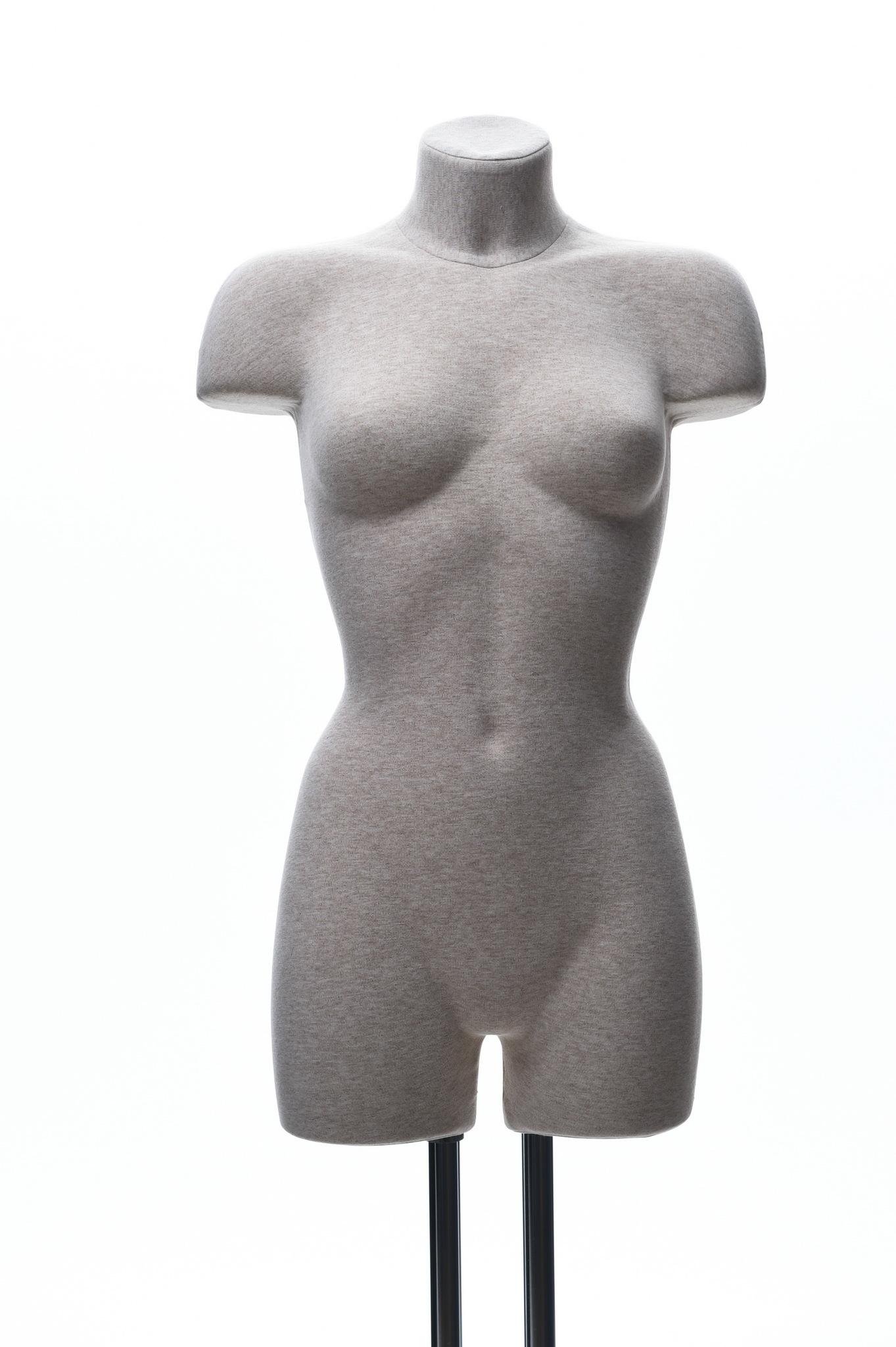 Демонстрационный женский манекен 42-44 размер (телесный)