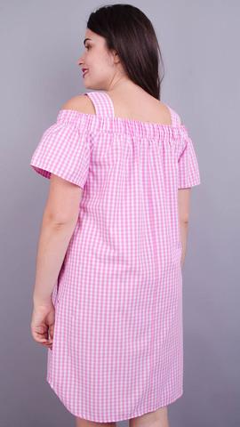 Клариса. Ніжна сукня великих розмірів. Рожева клітинка.