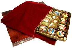 Инкрустированная икона Чудо великомученика Димитрия Солунского о царе Калояне 37х30см с житийными сценами на натуральном дереве в подарочной коробке