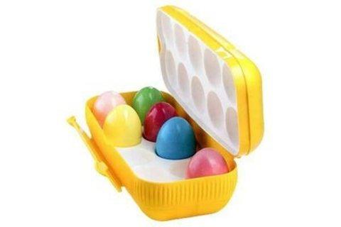 Контейнер для 10 яиц в желтом цвете.