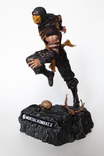 Мортал Комбат 10 статуэтка Скорпион
