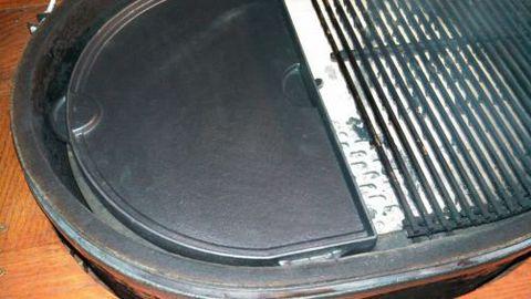 Чугунная сковорода двухсторонняя в форме полумесяца для Primo XL (1 шт.)