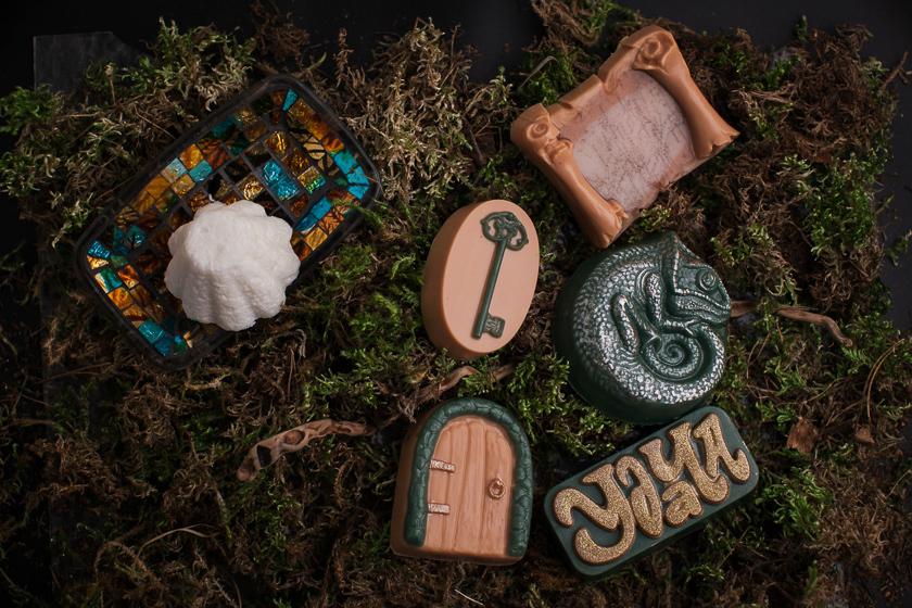Мыло ручной работы, созданное с помощью форм