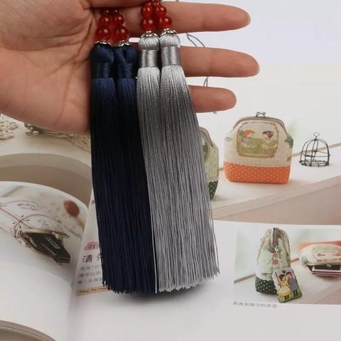 Кисть декоративная, длина 15 см (выбрать цвет)