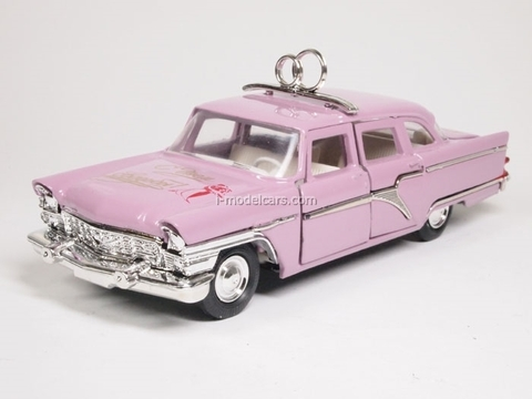 GAZ-13 Chaika Wedding day pink Agat Mossar Tantal 1:43