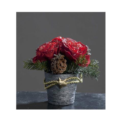 Горшок с композицией из красных роз и еловых шишек