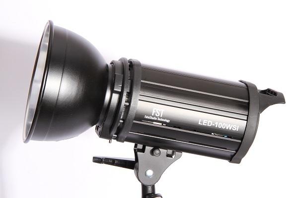 FST EF-100 (LED) Sun Light
