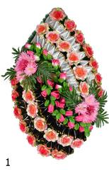 Венок украшенный цветами роз, хризантем