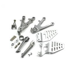 Подножки передние с кронштейнами для мотоцикла Yamaha YZF-R6 06-15