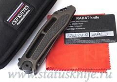 Нож CKF Kadat (M390, титан, карбон, цирконий, тимаскус, Sale card)
