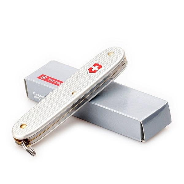 Швейцарский нож Victorinox Pioneer серебристый (0.8201.26)
