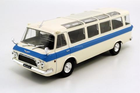 ZIL-118 Yunost white-blue 1:43 DeAgostini Auto Legends USSR #28