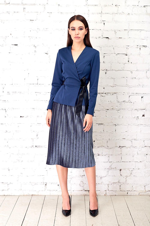 Юбка Б115-101 - Эффектная юбка из плиссированного бархата на широкой резинке. За счет вертикальных линий зрительно стройнит фигуру.